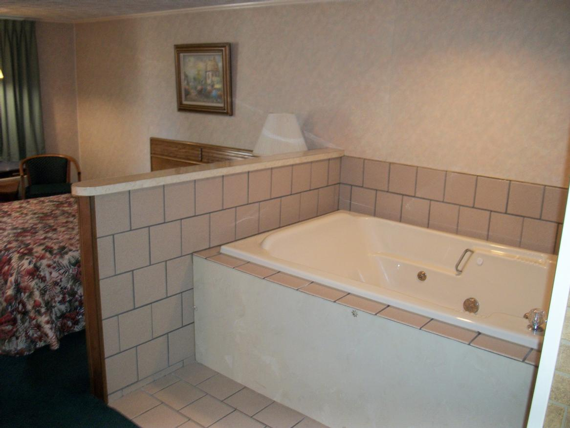 Jacuzzi Rooms Available At Extra Charge 13 of 19