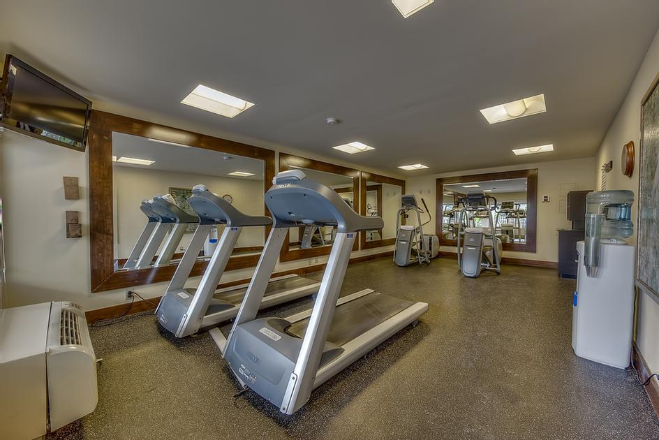 The Best Western Seaway Inn Has A 24 Hour Fitness Center 10 of 22