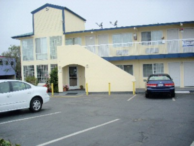 Economy Inn Monterey 1 of 8