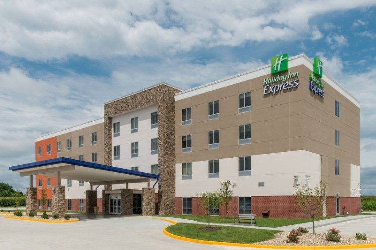 Holiday Inn Express Troy 1 of 11