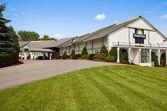 Days Inn Shelburne / Burlington 1 of 15