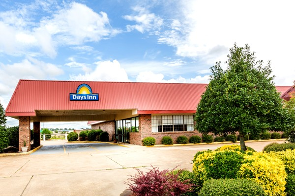 Days Inn Batesville 1 of 17