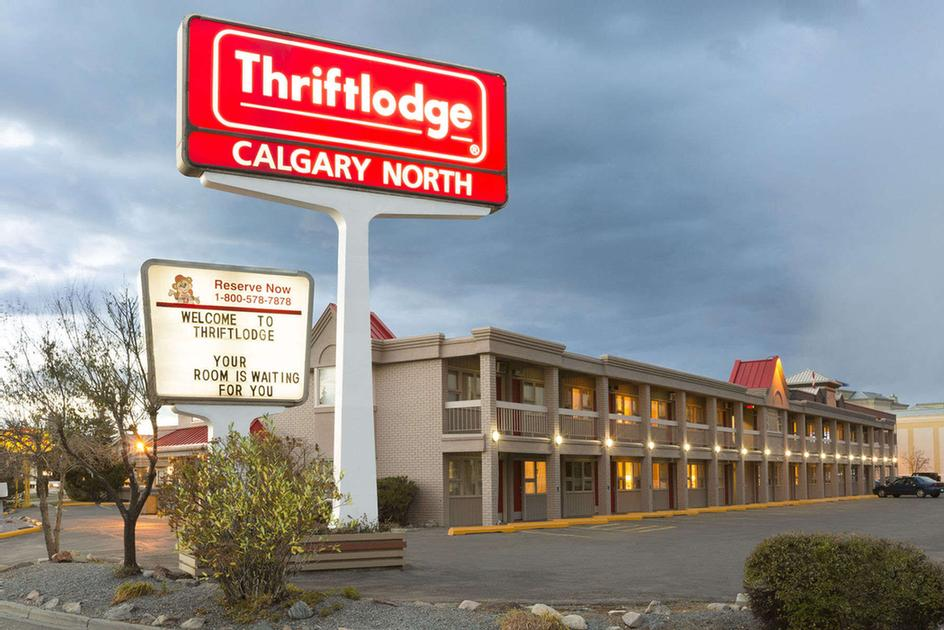 Calgary North Thriftlodge 2 of 2