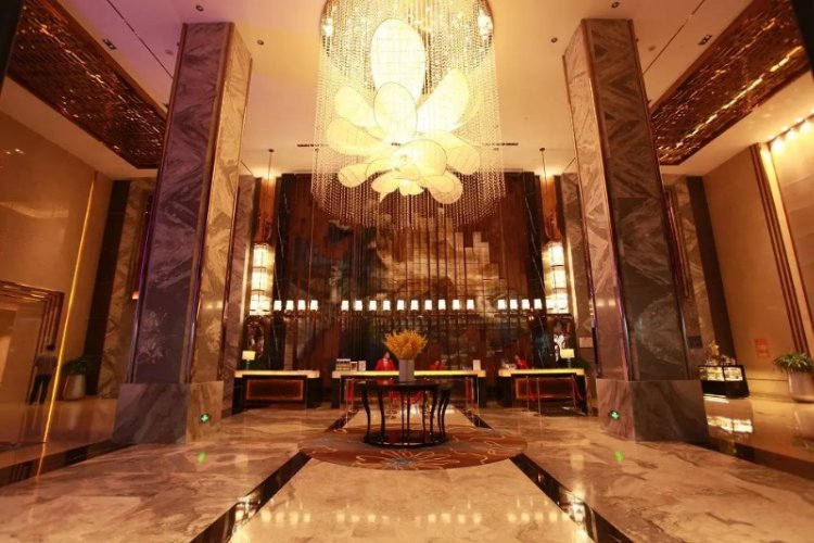 The Hotel Lobby 3 of 14