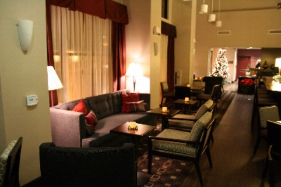 Perfect Mix Lobby At Night -Hampton Inn & Suites San Diego/poway 7 of 9
