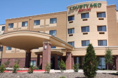 Courtyard by Marriott Dfw Denton Texas Entrance