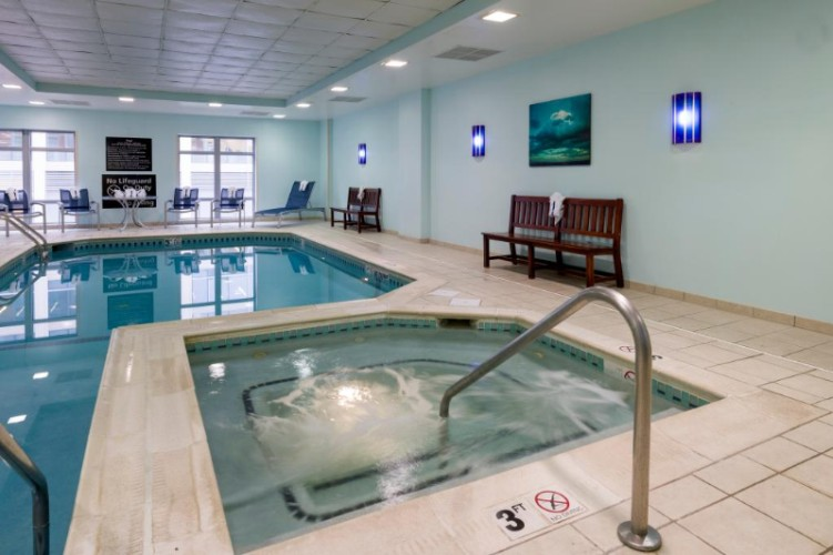 Pool/whirlpool Area 2 of 11