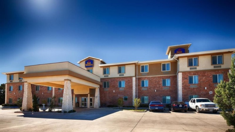 Best Western Bowie Inn Suites 900 Us Highway 287 South Tx 76230