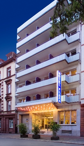 Favored Hotel Plaza Privotel Management Gmbh & Co.kg 1 of 13