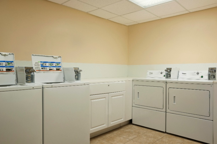 Guest Laundry Room Facility 19 of 24