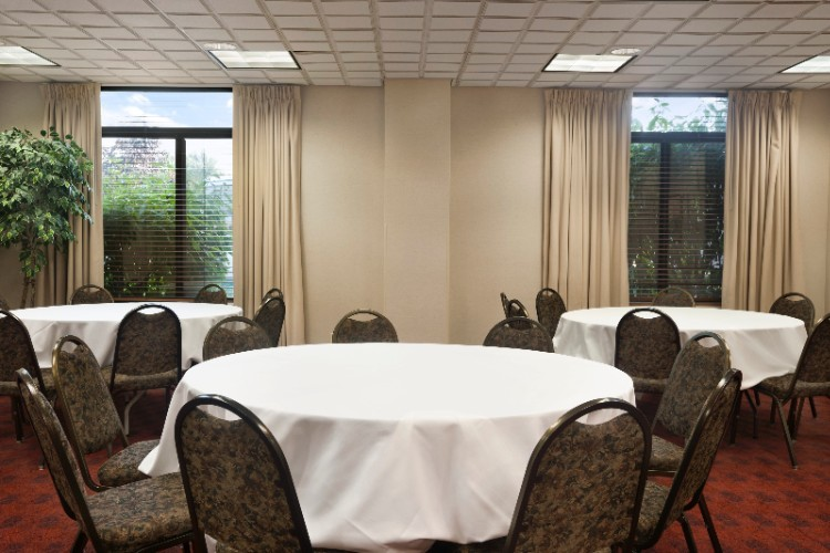 Banquet Room 23 of 24