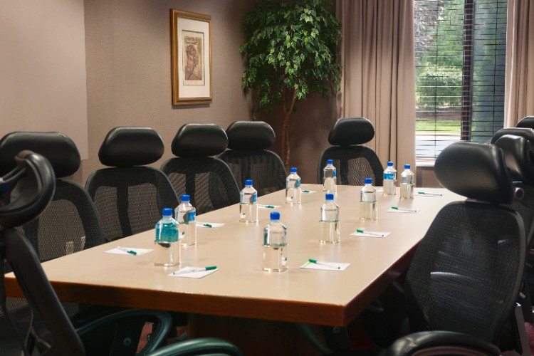 Executive Board Room 24 of 24