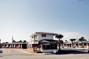 Image of Seahorse Inn Beach Side