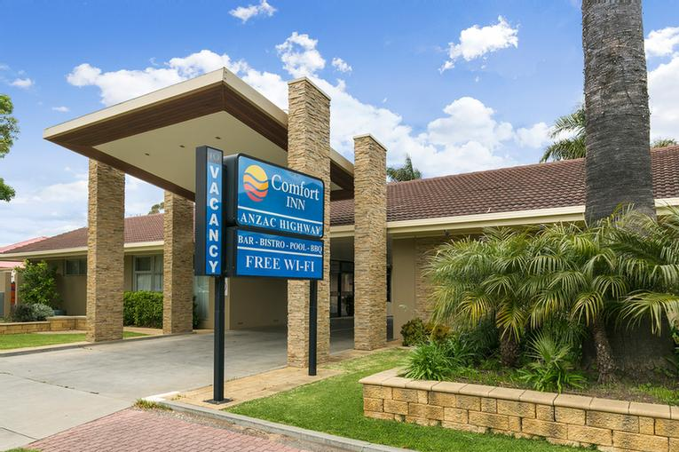 Comfort Inn Anzac Highway 1 of 9