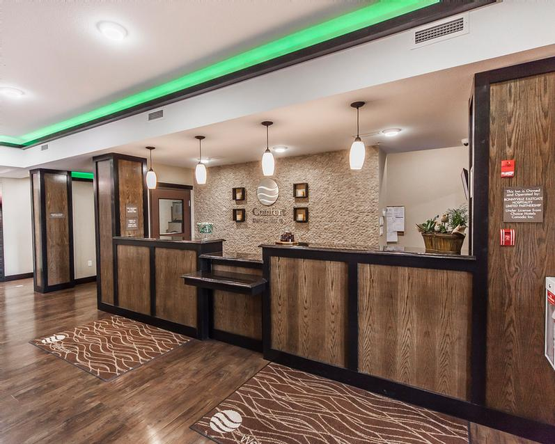 Lobby Front Desk 2 of 13