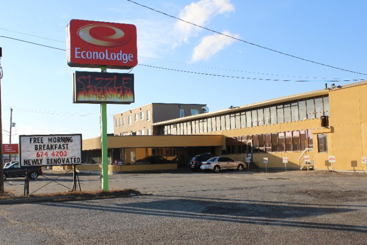 Econo Lodge 1 of 31