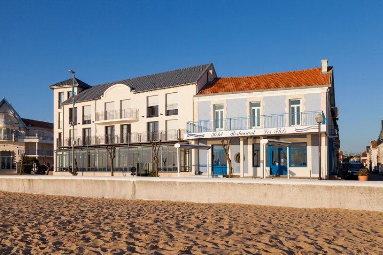 Clarion Collection Hotel Les Flots Chatelaillon Plage 1 of 10