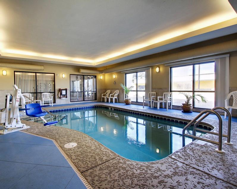 Indoor Heated Pool 10 of 11