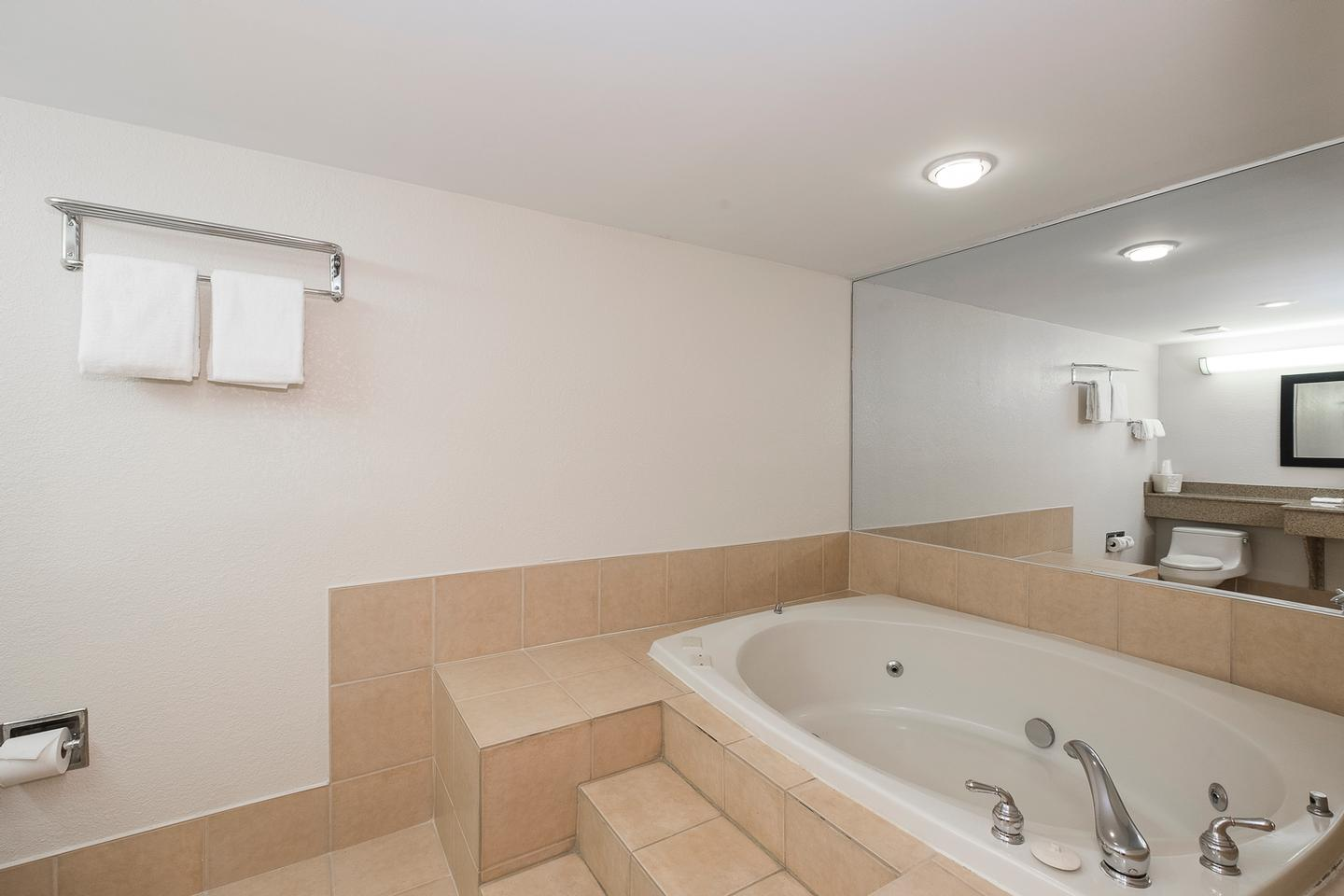 Jacuzzi In Select King Rooms 4 of 16