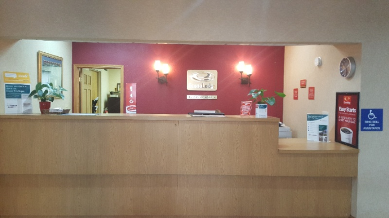 Front Desk Area 3 of 7