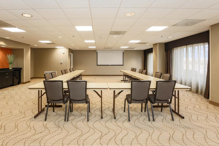 Fusion Meeting Room 9 of 10