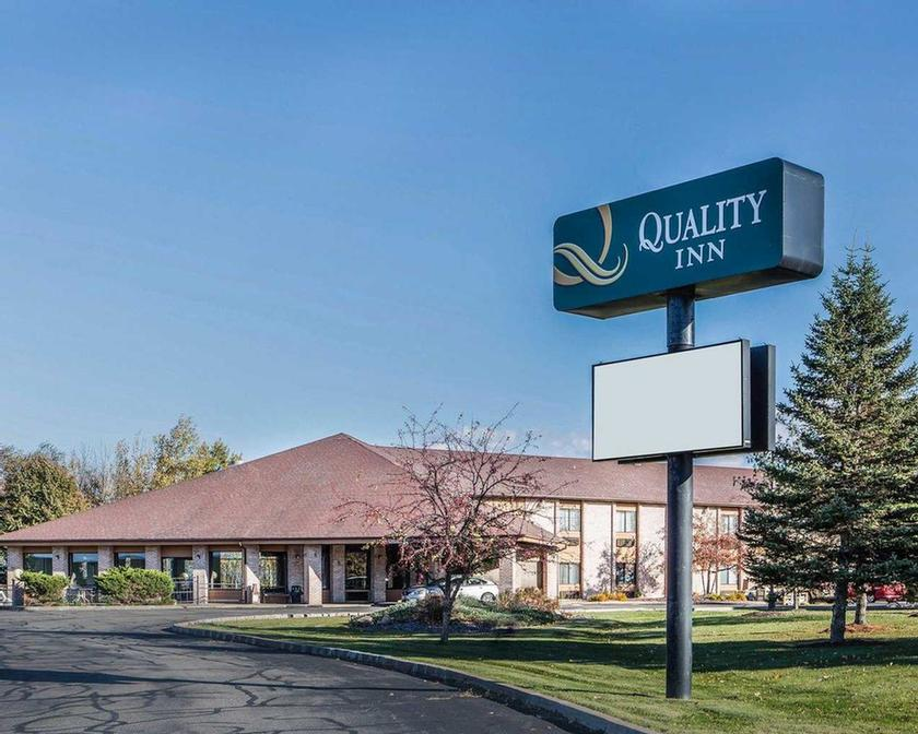 Quality Inn Central Wisconsin Airport 1 of 7