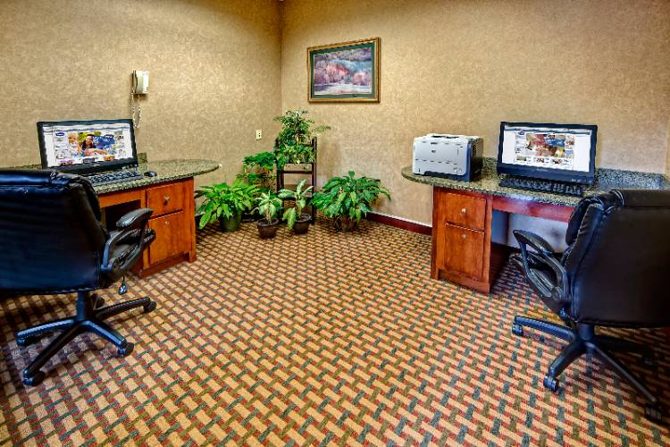 Business Center 12 of 21