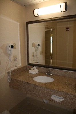 Our Guest Baths Are Well Appointed With Thoughtful Touches And Granite Countertops 7 of 17