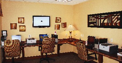 Open Area Business Center 2 of 16