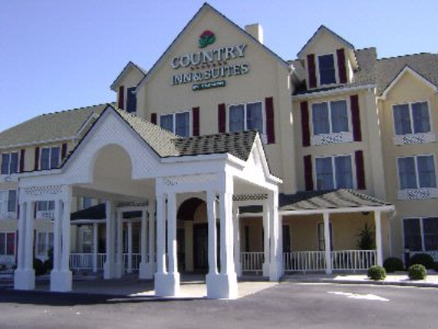 Image of Country Inn & Suites by Carlson Pt. Wentworth