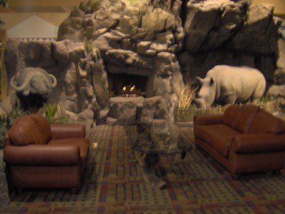 It Is Not Uncommon To Gather In Many Areas Of The Resort Especially The Big Five Lobby. 10 of 13