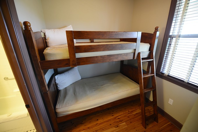 Bunk Beds + King 10 of 11