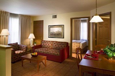 Towneplace Suites Detroit / Sterling Heights 1 of 9