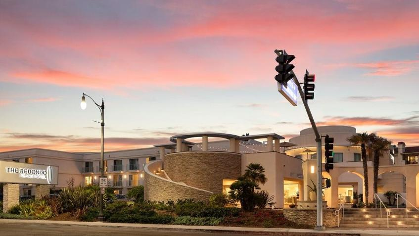 The Redondo Beach Hotel 400 North Harbor Dr Ca 90277