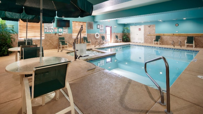 Year-Round Heated Indoor Pool & Hot Tub 9 of 15