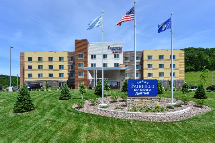 Fairfield Inn & Suites Eau Claire Chippewa Falls by Marriott 1 of 14