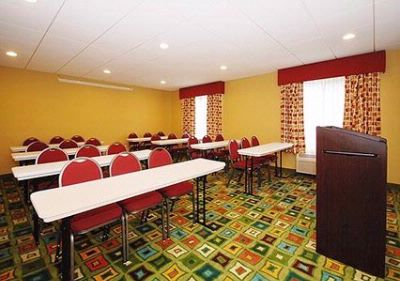 Meeting Room With Classroom-Style Setup 8 of 18