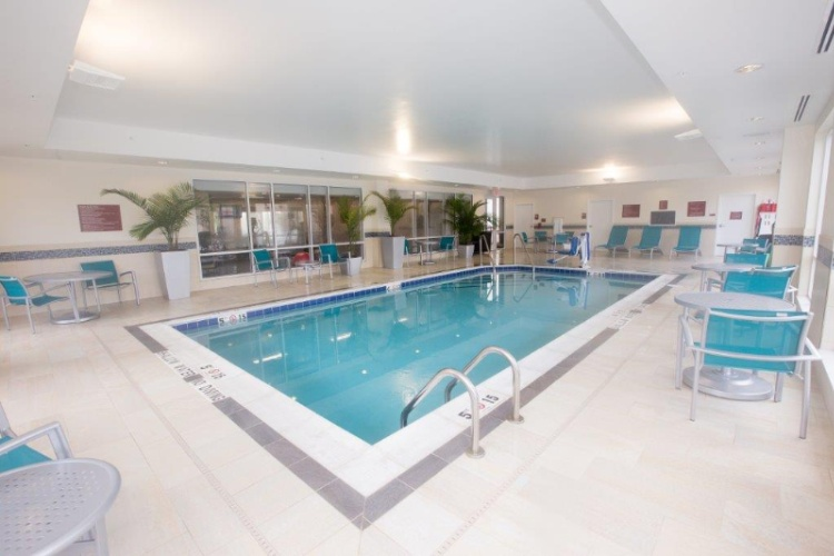 Indoor Heated Salt Water Swimming Pool 3 of 3