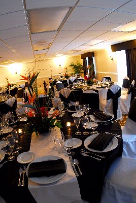 Bring Elegance To Your Next Dinner Event With The Doubletree Hotel Wood Dale. 8 of 9
