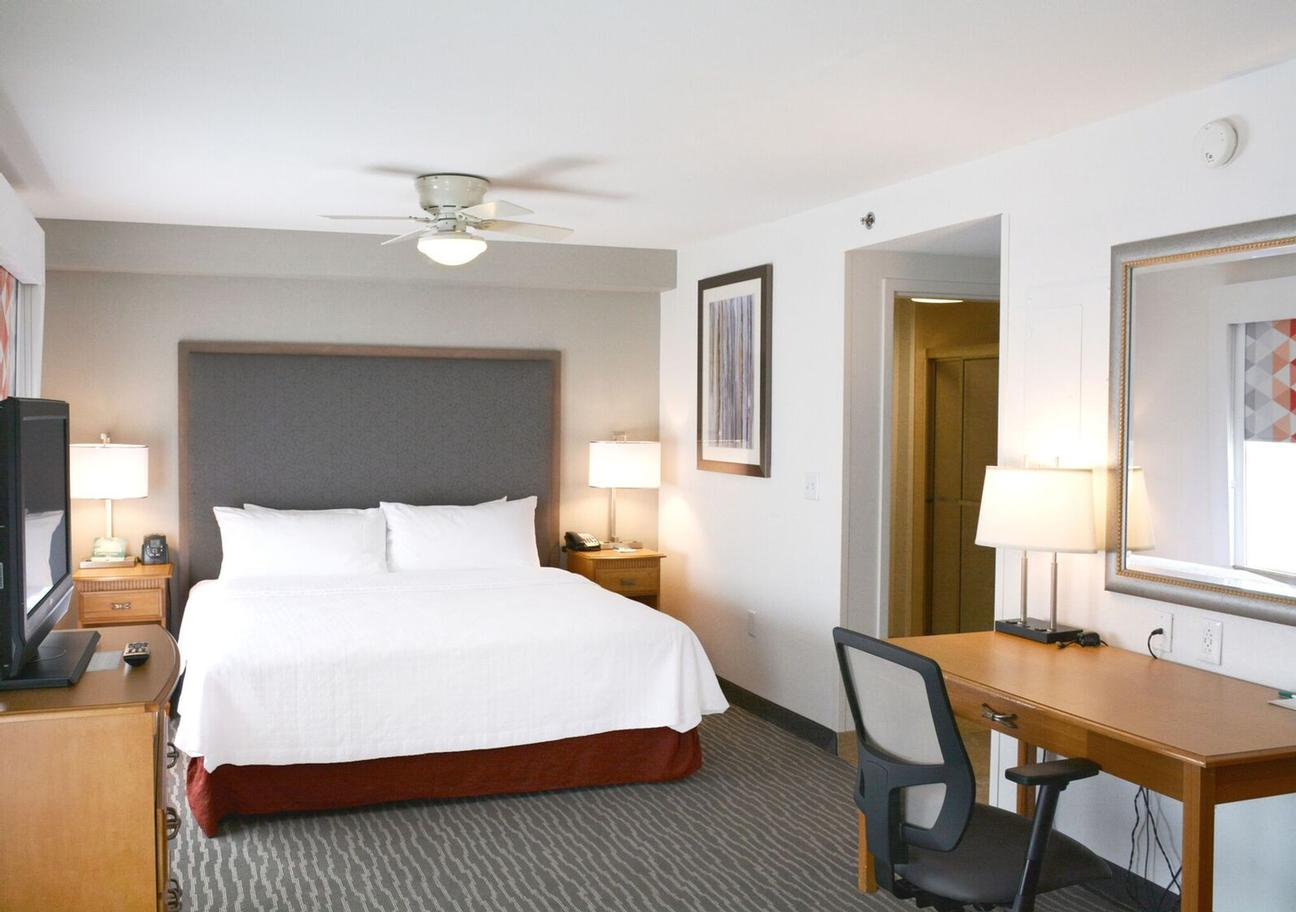 HOMEWOOD SUITES BY HILTON® - Greenville SC 102 Carolina Point Pkwy ...