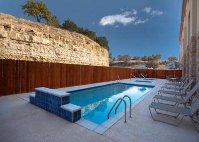 Outdoor Pool With Hot Tub 7 of 11