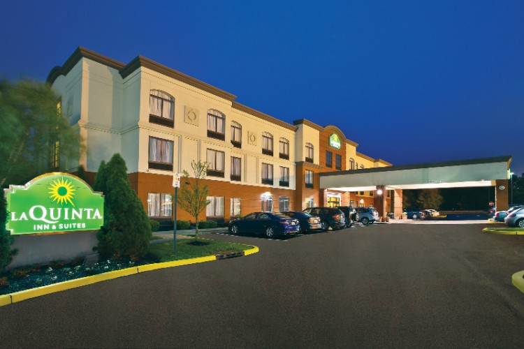 Wingate by Wyndham Brand New Hotel Conveniently Located Off Nj-Turnpike And I-295