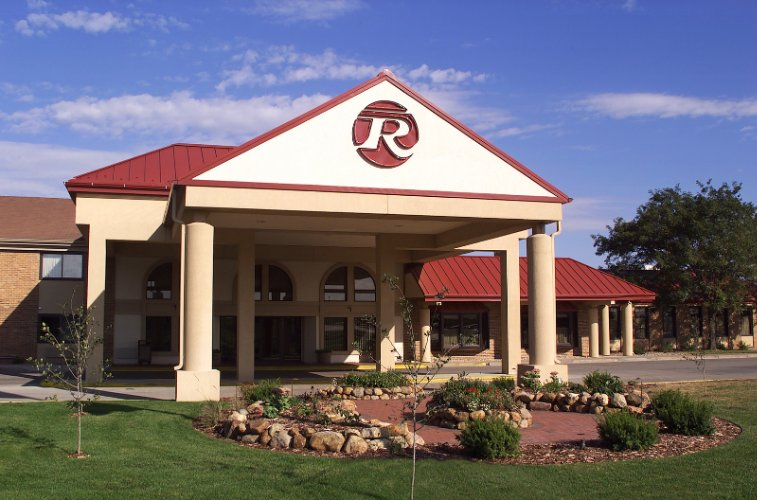 Best Western Plus Ramkota Hotel 3200 West Maple St Sioux Falls Sd 57107