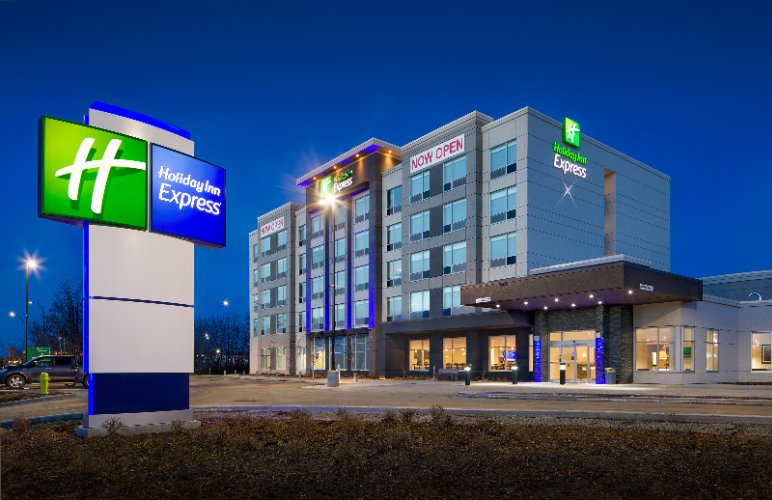 Holiday Inn Express – Red Deer North 1 of 17