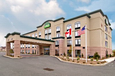 WINGATE BY WYNDHAM - Erie PA 8060 Old Oliver Rd  16509