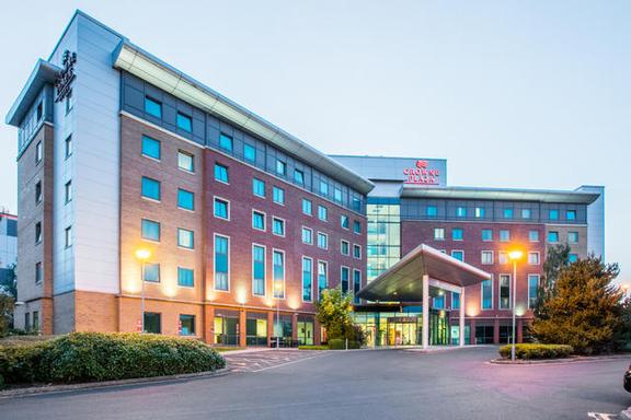 Crowne Plaza Birmingham Nec 1 of 8
