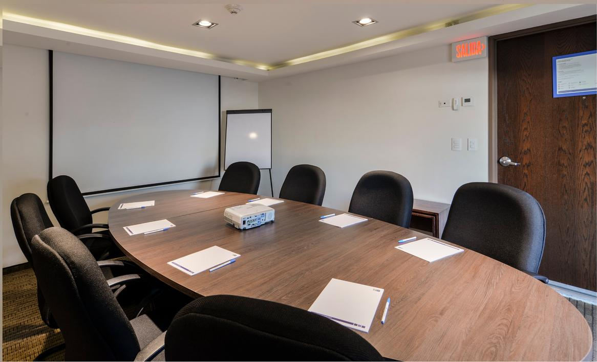 Isla De Oraba Meeting Room 5 of 6