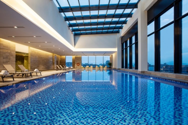 Indoor Swimming Pool 11 of 20