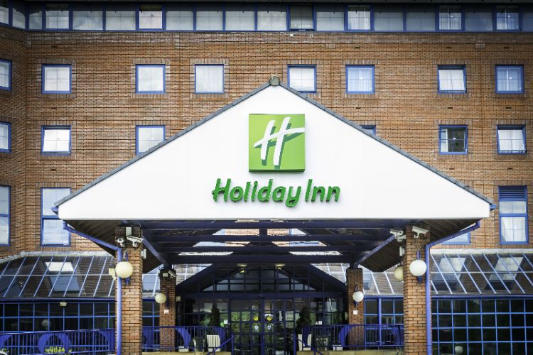Holiday Inn London Sutton 1 of 12