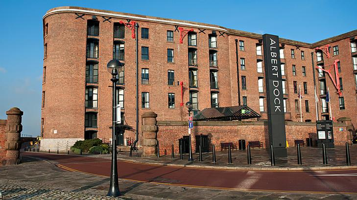 Holiday Inn Express Liverpool Albert Dock 1 of 9